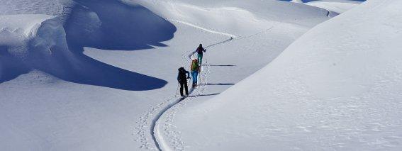 Traumhafte Landschfat zum Pizzo Sasselo, 2.479 m, Airolo, Schweiz