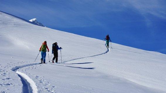 Aufsteig zum Pizzo Sasselo, 2.479 m,  Airolo, Schweiz