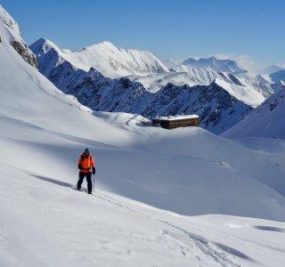 Skitour von der Cristalina Hütte, Val Bedretto, Schweiz