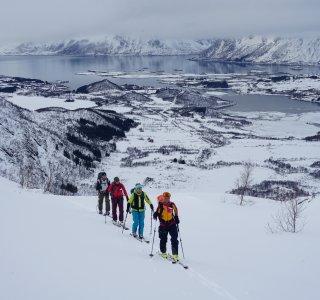 Skitouren Lofoten - Aufstieg zum Varden