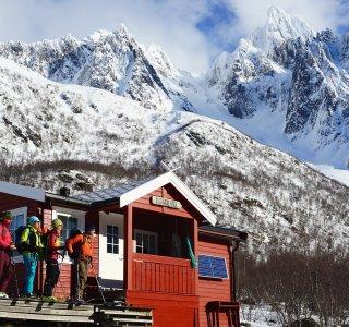 Skitouren Lofoten - Aufstieg zum Geigallien