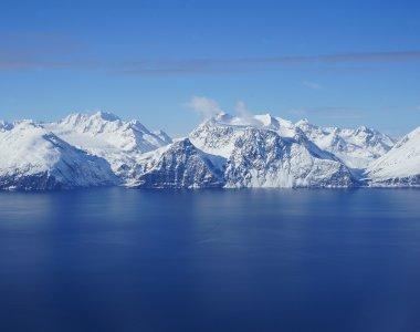 Skitouren Lyngen Alps Fjord und Berge