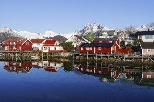 Lofoten, Häuser, Svolvær Skitour Norwegen