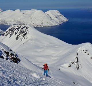 Insel Kågen, Aufstieg zum Srorekågtinden von Storstein