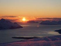 Lyngen Alps, Mitternachtssonne am Gipfel des Nordmannviktinden