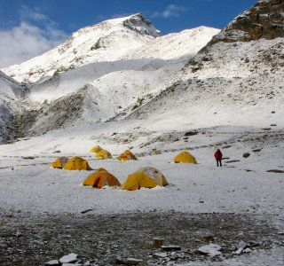 Basislagen Putha Hiunchuli nach Neuschnee