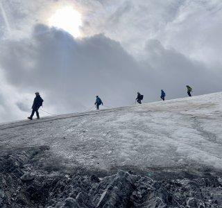 Abstieg vom Ortler über den Gletscher