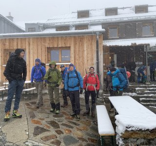 Neuschnee auf der Wiesbadener Hütte, Silvrettadurchquerung
