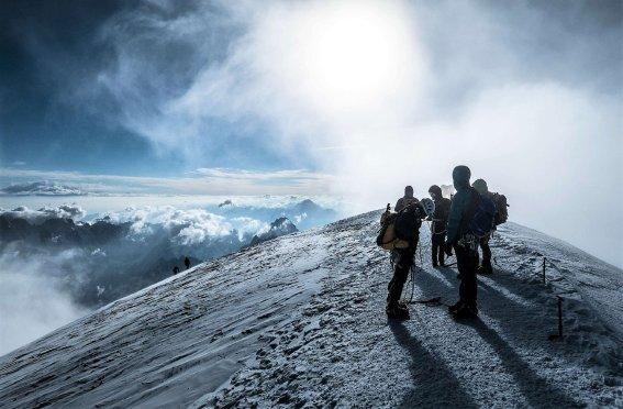 Mont Blanc, Bergsteiger am Gipfel