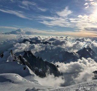 Mont Blanc, blauer Himmel, Sonne