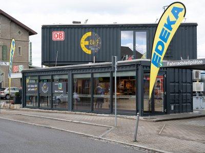 EDEKA Karow und Sommer 24/7 Markt am Renninger Bahnhof (c) Sascha Baumann
