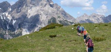 Auf dem Grat zum Kranzberg, im Hintergrund der Hochvogel
