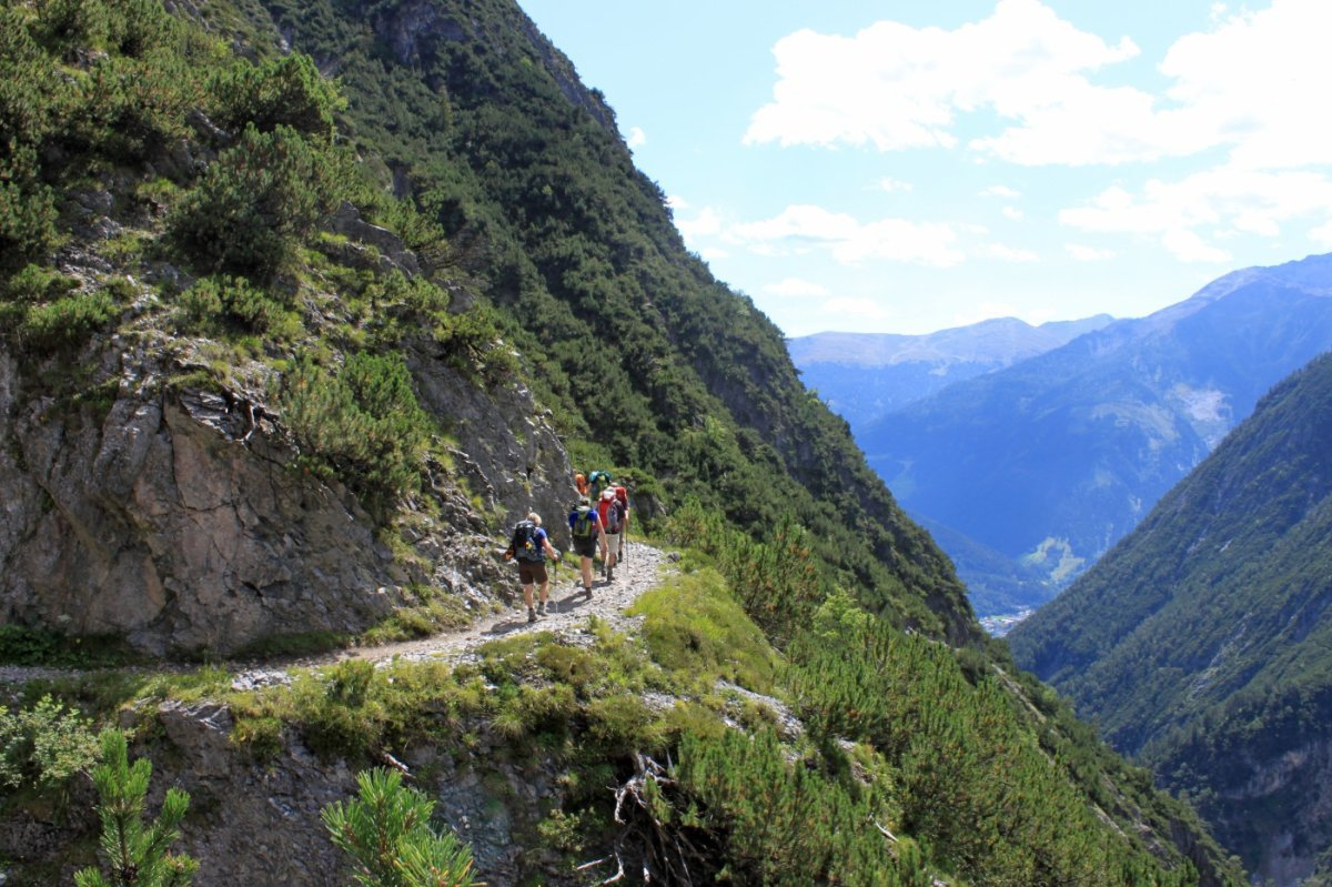3. Tag - Abstieg durch das Lochbachtobel nach Zams im Inntal