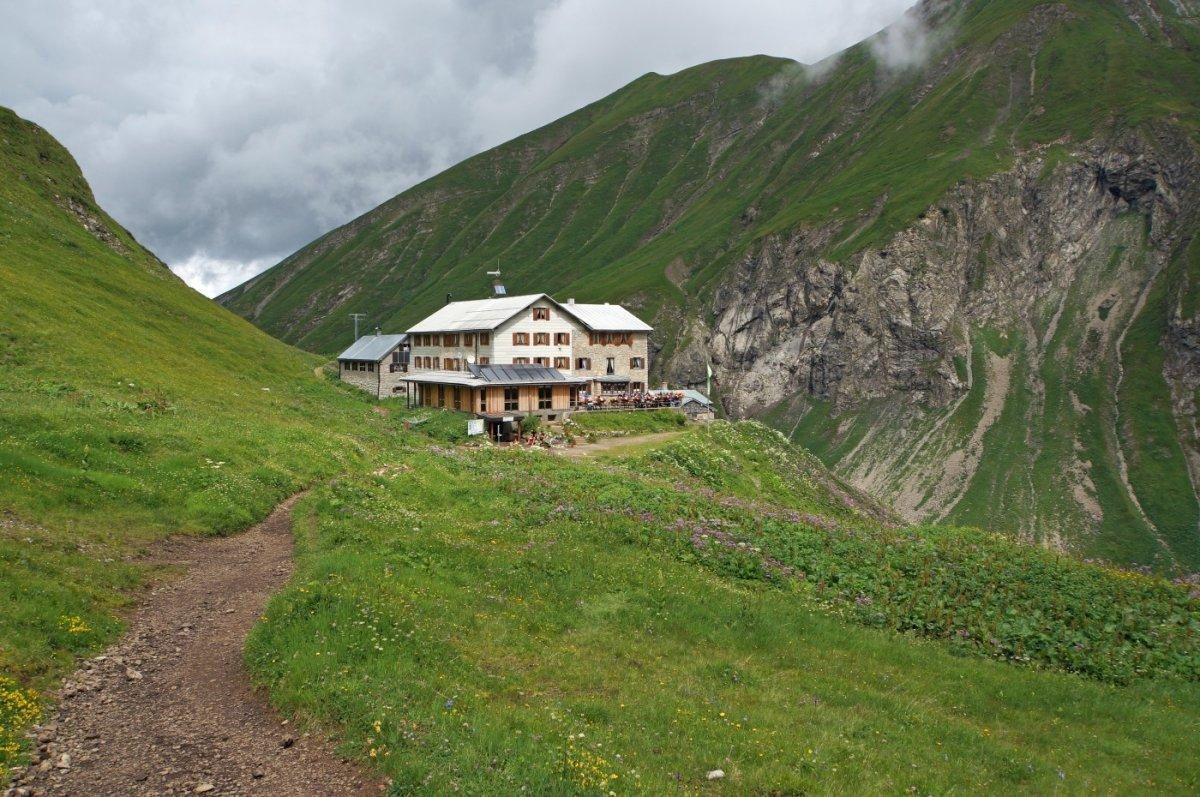 2. Tag - Nach einer ausgiebigen Pause lassen wir die Kemptner Hütte hinter uns