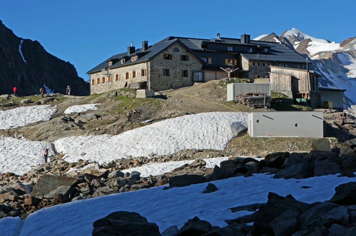 4. Tag - Die neue Braunschweiger Hütte (2.759 m), wo wir unsere wohlverdiente Mittagspause einlegen