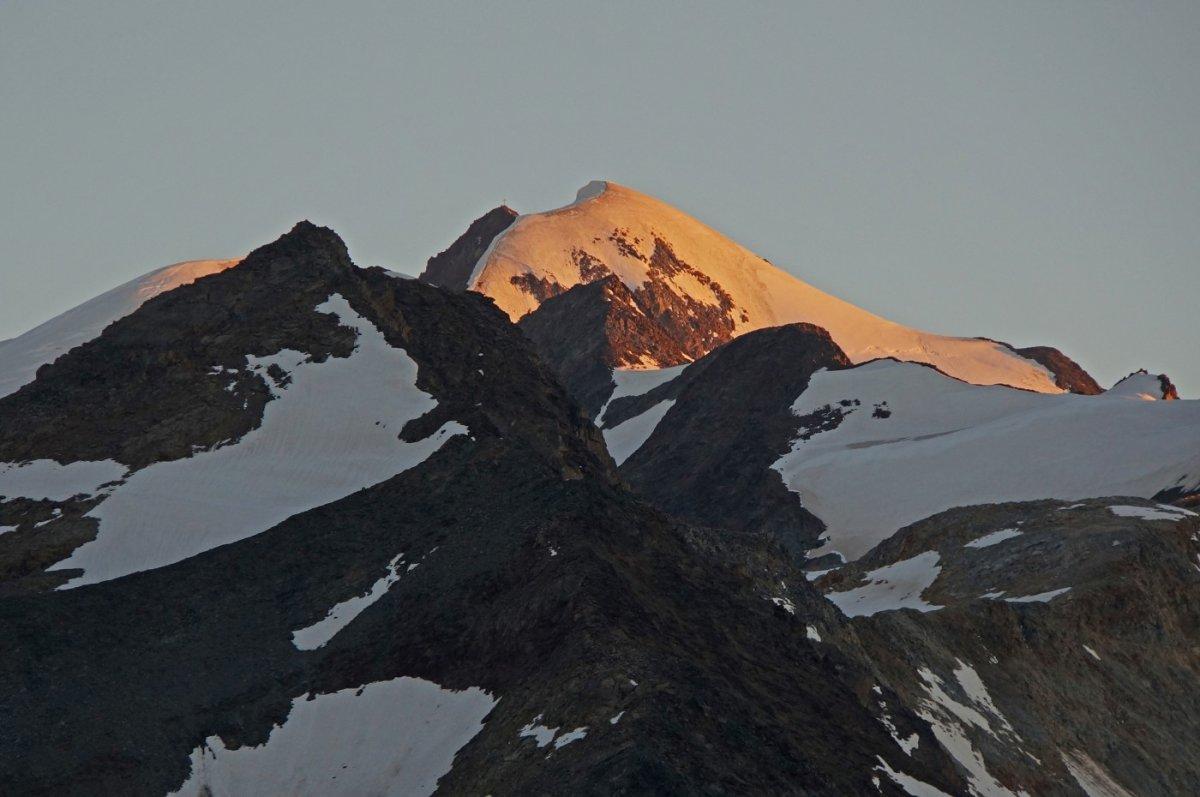 4. Tag - Die Wildspitze (3.770 m), Tirols höchster Berg im Sonnenuntergang