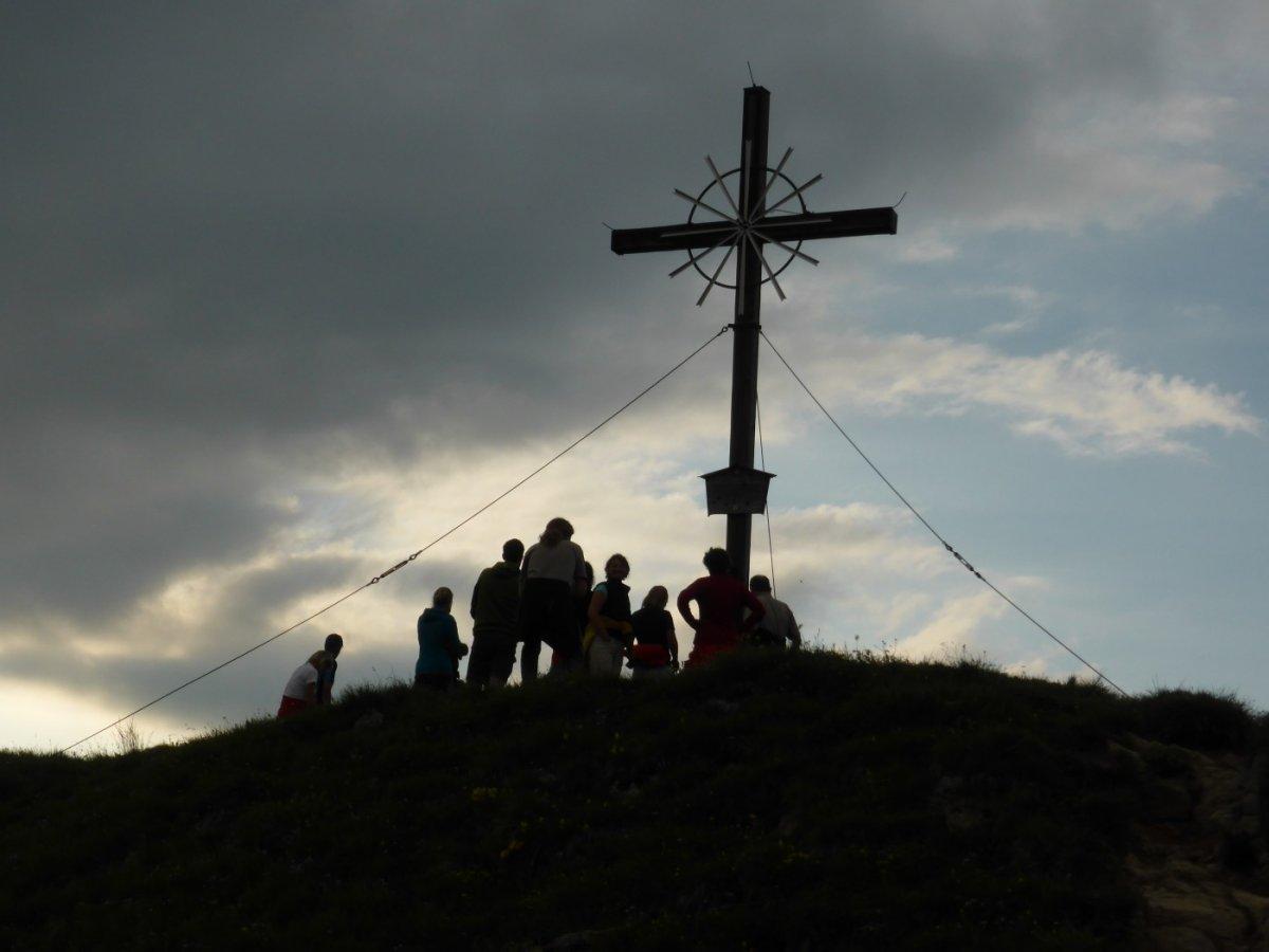 2. Tag - Traumhafte Abendstimmung beim Spaziergang auf den Hausberg der Memminger Hütte, den Seekogel (2.412 m)
