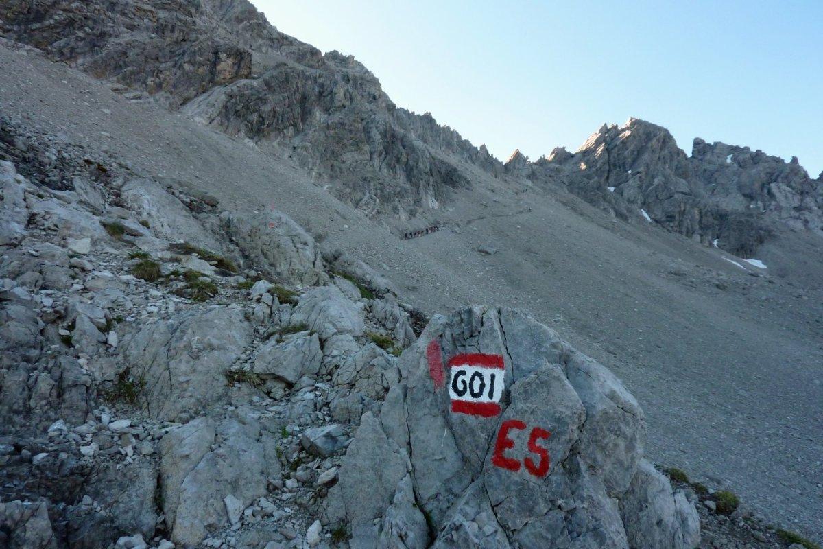 3. Tag - Früh am Morgen brechen wir auf zu unserer zweiten Etappe Richtung Seescharte (2.664 m)