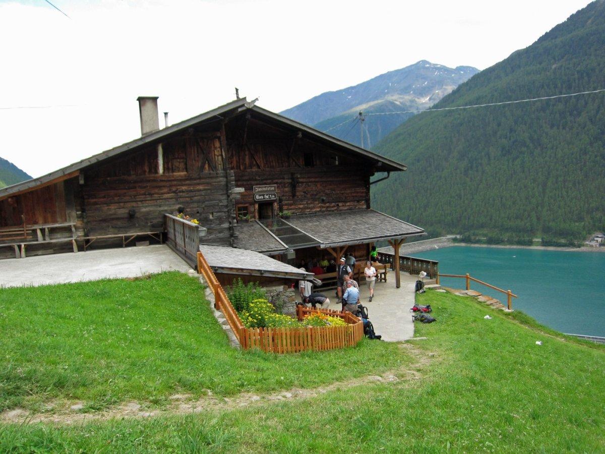 6. Tag - Geschafft, der Tiesenhof am Vernagt-Stausee ist das Ziel unserer Alpenüberquerung