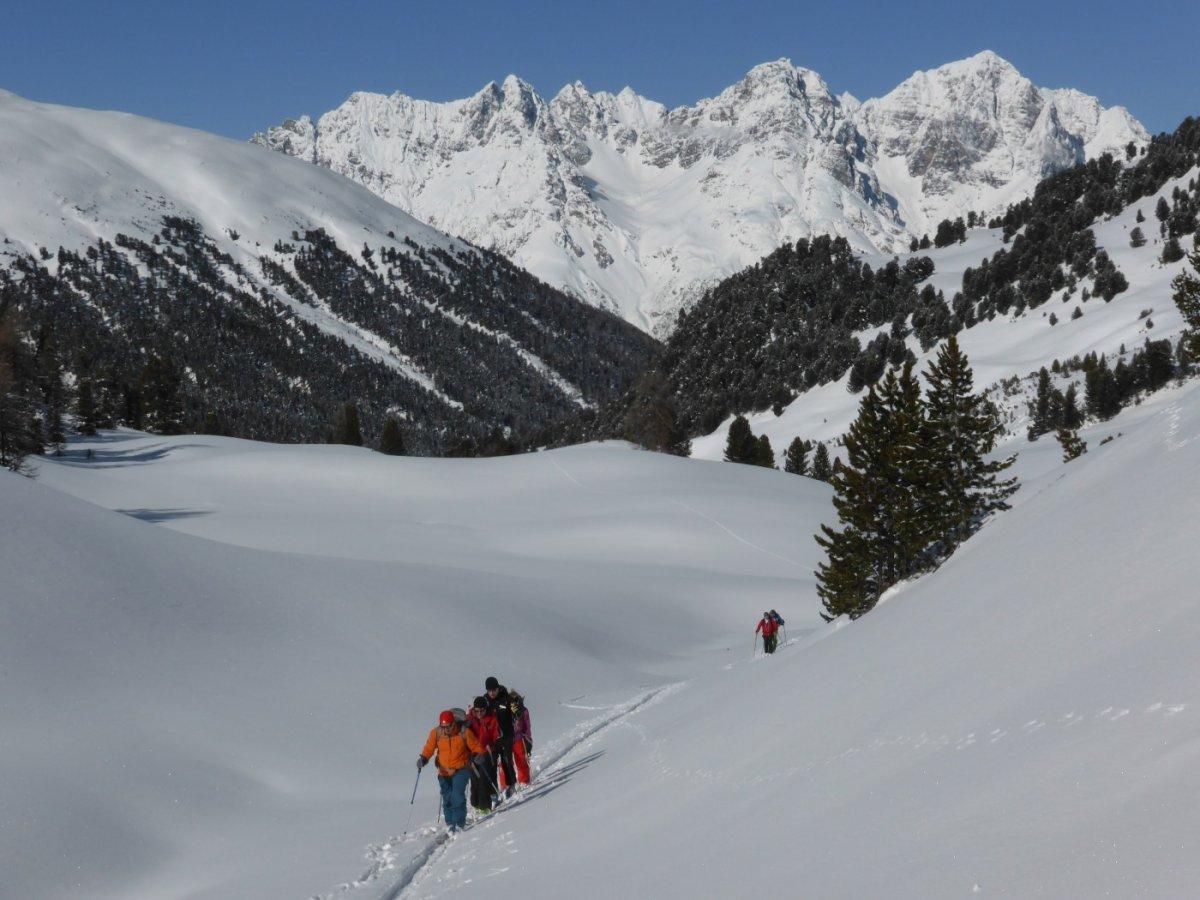5.Tag - Im Aufstieg zum S-charl Joch, im Hintergrund der Schweizer Nationalpark