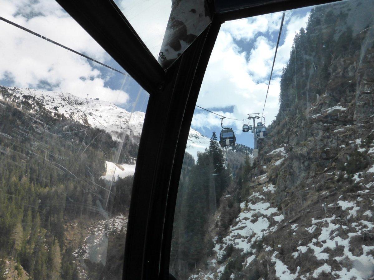 4. Tag - Die Auffahrt mit der Fimberbahn erleichtert uns die lange Etappe von Galtür zur Heidelberger Hütte