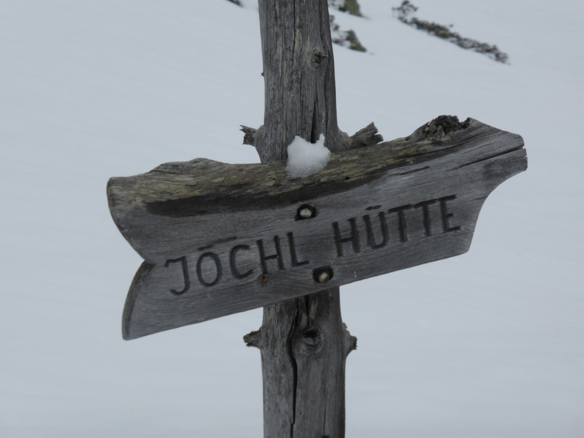 6. Tag - Wegweiser zur Jöchl-Selbstversorgerhütte kurz nach dem S-charl Joch