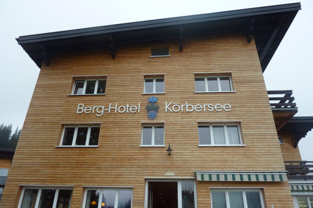 1. Tag - Unsere erste Übernachtung, das Berghotel Körbersee, wo wir im Wellnessbereich unsere Muskeln lockern können