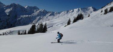 Skitourenkurs Allgäuer Alpen-In der Abfahrt