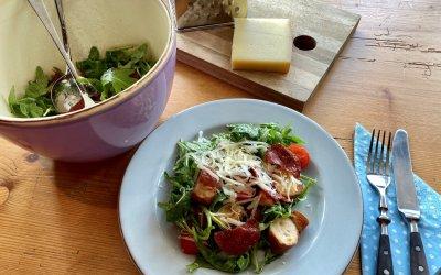 Allgäuer Brezensalat im Oberstaufener Kochbüchle