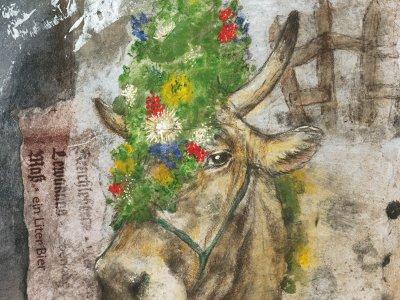 Schmucke Kuh - eines von zahlreichen Ausstellungsstücken beim Kunstspaziergang