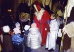 Nikolausfeier auf dem Kirchplatz