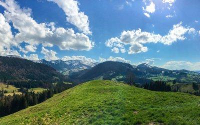 Ausblick auf Nagelfluhkette und Imberg