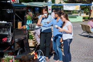 Mädelstreff auf dem Wochenmarkt