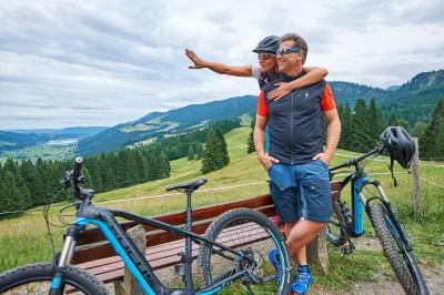 E-Bike: Kleine Pause am Hündle
