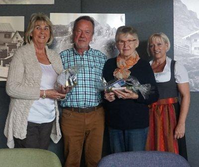 Annelies Schröder und Siglinde Kins aus Wiesbaden mit Gastgeber Herr Kellershohn