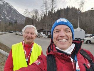 Volunteers Schott Herbert x 2
