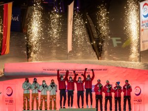 World Champion Team Norway (c.) 2nd Team Germany (l.), 3rd Team Austria (r.)