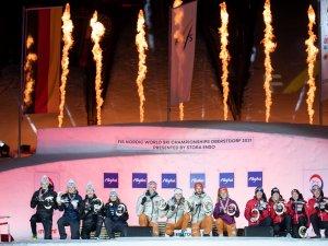 World Champion Team Germany (c.), 2nd Team Norway (l.) 3rd Team Austria (r.) 1
