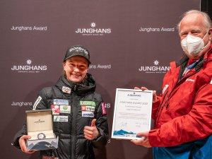 Ema Klinec (left) and Dr. Peter Kruijer Junghans Award Large Hill Woman