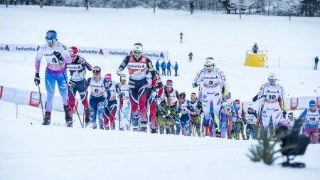 Skiathlon Damen im Anstieg