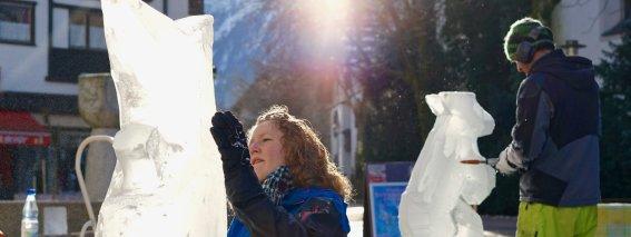 Eiskunst der Spitzenklasse erleben Sie bei der Oberstdorfer Eiszeit am 29. Januar. (Foto: Tramino)