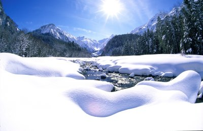 Zauberhafte Winterlandschaft im Trettachtal