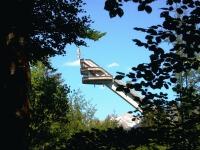 Der Anlaufturm der Heini-Klopfer-Skiflugschanze