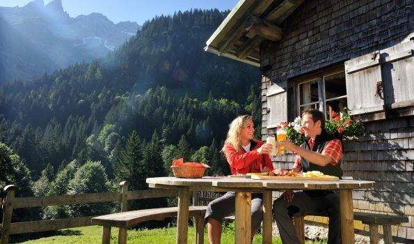 Brotzeit auf der Buchrainer Alpe