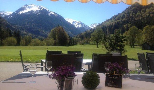 Café Gebrgoibe am Golfplatz