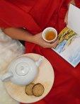 Kekse, Tee und ein gutes Buch