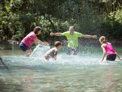 Wasserspaß mit der Familie