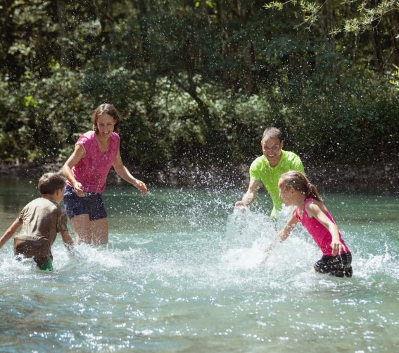 Abkühlung und Spaß im Wasser