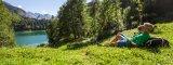 Der Freibergsee in Oberstdorf lädt zum Entspannen ein