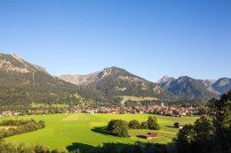 Am Fuß des Rubihorns liegt die Gemeinde Oberstdorf